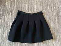 Used Gap skirt size L in Dubai, UAE