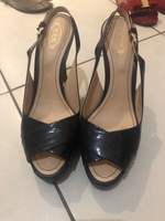 Used Tods heels  in Dubai, UAE