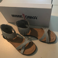 Used Minnetonka Suede Sandals Size US2 in Dubai, UAE
