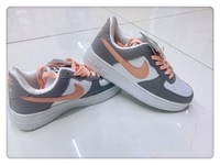 Used New Nike shoes sizes 36 to 40 for ladies in Dubai, UAE