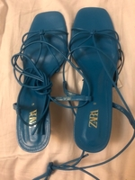 Used New Zara leather mid heel shoes in Dubai, UAE