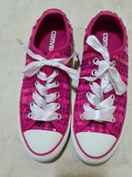 Used Converse sneakers shoes in Dubai, UAE