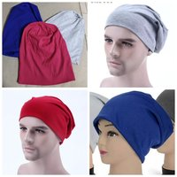 Used 3 winter hats for price of 1 in Dubai, UAE
