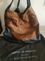 Used Original Laura di Maggio bag in Dubai, UAE