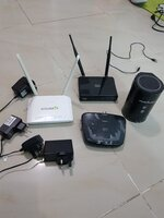 Used 4 pieces Router with Adopter 100% OK in Dubai, UAE