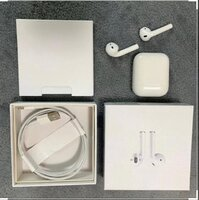 Used Appel master copy AIRPOD 2 whiter in Dubai, UAE