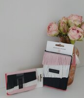 Used Passport holder and wallet. in Dubai, UAE