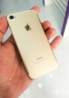 Used IPhone 7 128gb only 550-AED in Dubai, UAE