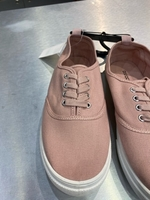 Used Divided shoes for girls in Dubai, UAE