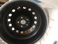Used Car wheel rim brand new 5 pieces in Dubai, UAE