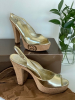 Used GUCCI authentic golden sandals s40C in Dubai, UAE