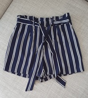 Used Paperbag shorts size 34EUR in Dubai, UAE