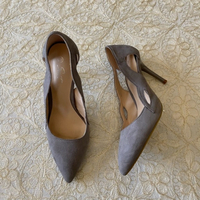 Used grey velvet heels (39 EUR) in Dubai, UAE