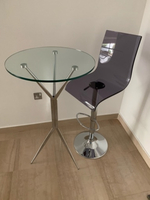 Used Highly round table 58 cm with bar stool in Dubai, UAE