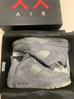 Used Air jordan4 kaws in Dubai, UAE