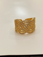 Used Gold color cubic zirconia fashion ring  in Dubai, UAE