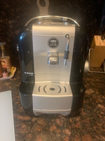 Used Lavazza Coffee machine - requires pods  in Dubai, UAE