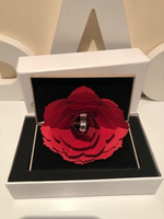 Used Jewelry ring box with rose 🌹 gold in Dubai, UAE