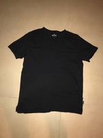 Used black hollister t-shirt  in Dubai, UAE