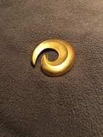 Used Stylish fashion brooch  in Dubai, UAE