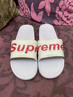 Used Supreme slipper  in Dubai, UAE