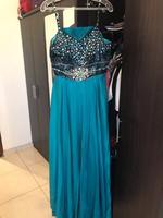 Used Occasion dress L size nice and elegant  in Dubai, UAE