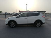 Used TOYOTA RAV4 2017 Call +971506380218 in Dubai, UAE