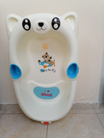 Used Baby tub white and blue color in Dubai, UAE