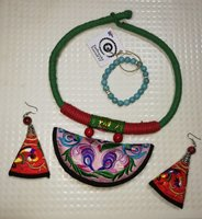 Used African style accessories in Dubai, UAE