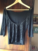 Used Zara top. Lace back. Small in Dubai, UAE