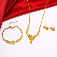Used GOLD COLOR JEWELRY SET  in Dubai, UAE