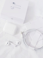 Used Apple generation 2nd Airpod in Dubai, UAE