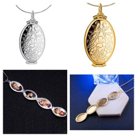 Used Expanding Foto Locket necklaces 2 pcs in Dubai, UAE