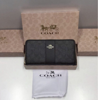 Used Coach wallet excellent quality in Dubai, UAE