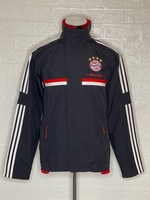 Used Original Adidas Jacket Size Medium  in Dubai, UAE
