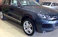 Used Volkswagen Touareg 2011 full options  in Dubai, UAE
