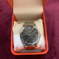 Used Preloved watch for female in Dubai, UAE