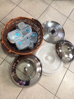 Used Lids & 7 food containers & big basket in Dubai, UAE