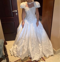 Used Wedding dresses. Small size. Vintage  in Dubai, UAE