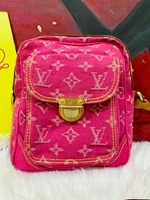 Used Lv pink demin sling bag in Dubai, UAE