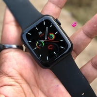 Used Apple Watch series 6 wallpaper changing  in Dubai, UAE