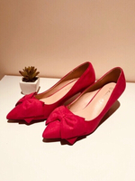 Used Pink pumps size 35 plus gift 🎁  in Dubai, UAE