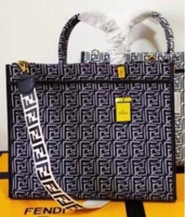 Used Fendi copy bag  in Dubai, UAE
