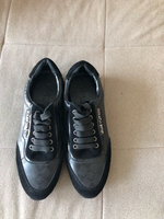 Used Louis Vuitton sneakers size 40 in Dubai, UAE