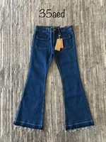 Used Mango jeans size 9/10 year old new in Dubai, UAE
