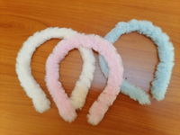 Used Pair of 4 girl hair band in Dubai, UAE