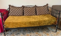 Used Day bed / Diwan cot and single sofa in Dubai, UAE
