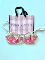 Used Victoria Secret 34DD  in Dubai, UAE