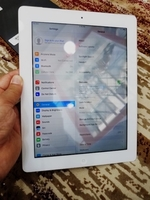Used White ipad 2 16 gb with cover  in Dubai, UAE