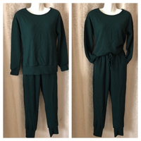 Used Tracksuit green size M in Dubai, UAE